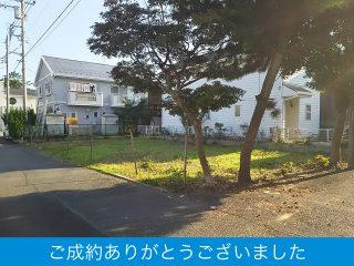 松が岡の風情、広々土地!